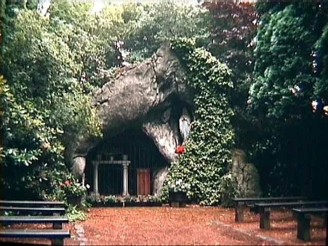 skw Lourdesgrot Rozenlaan