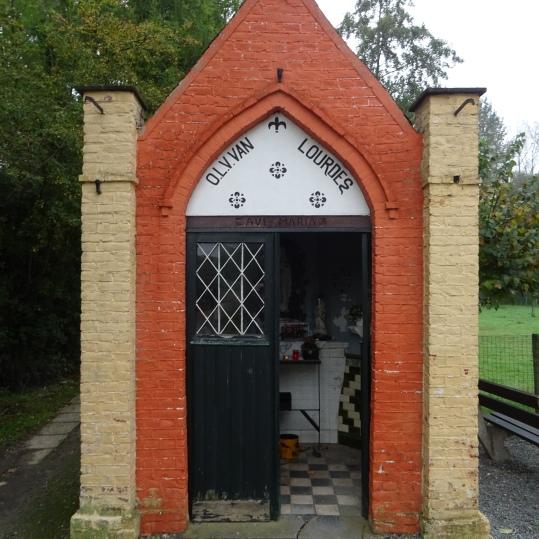 2019 1020 O.L.Vr. kapel Aaigem (1)