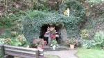 Neidingen (Sankt Vith)  lourdesgrot  foto 02   aug 2011.JPG