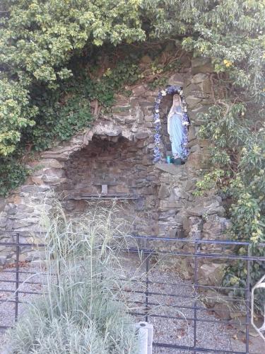openbare grotenbare grot
