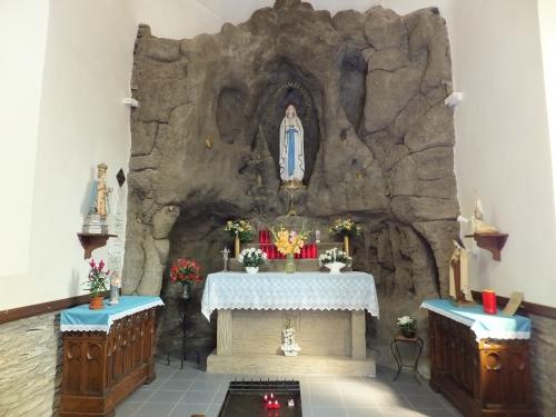 28aug13-21-Houffalize Chapelle N.D.de Lourdes.JPG