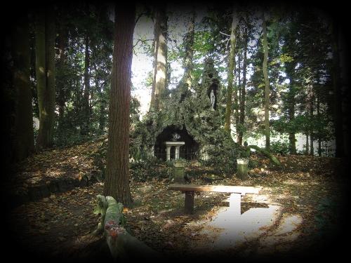 's Gravenwezel rustoord St Lodewijk.jpg