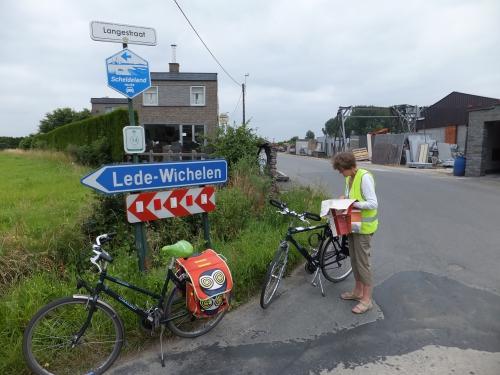 20jul13-fietstocht Langestraat Schoonaarde.JPG