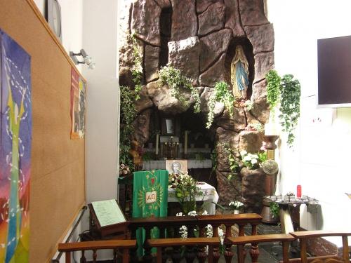 genappe - in kerk ST Jean Evangeliste - grand place.jpg