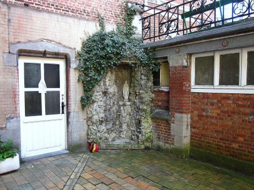 leuven - Hoger instituut wijsbegeerte - tiensestraat 122.jpg